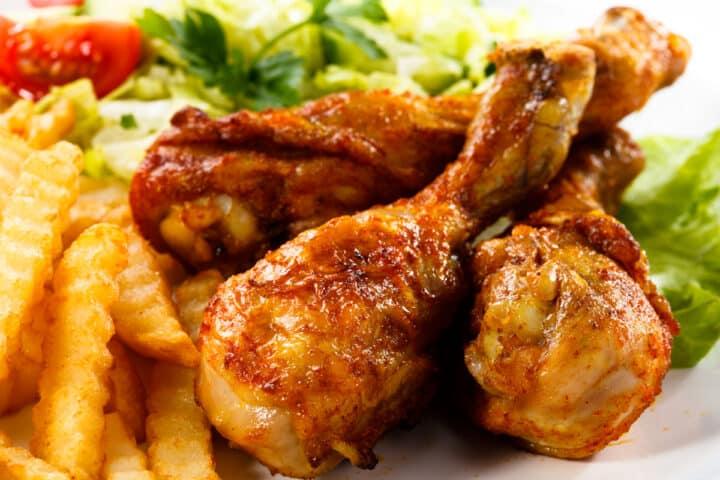 air fryer chicken drumsticks and fries