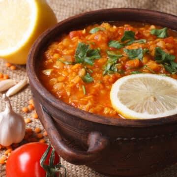 instant pot lentils soup with ingredients 12x