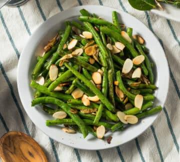 Sautéed Green Beans ready to serve.