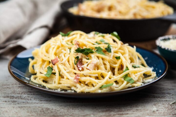 Spaghetti Carbonara with skillet